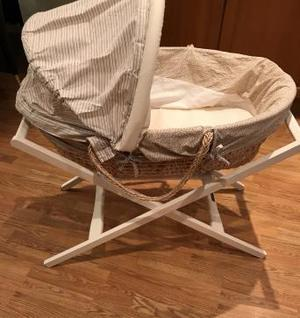 Mamas And Papas Moses Basket with Stand