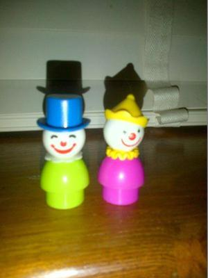 Vintage Fisher Price play family little people two circus