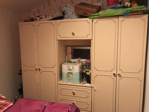 3 bedroom furniture units