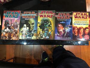 5 Star Wars books.