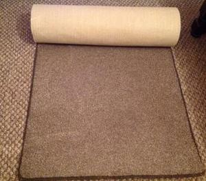 Carpet runner Good condition 31 inches wide x 10ft long