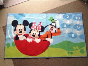 Disneys Mickey Mouse & Minnie Mouse Rug