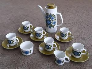 Immaculate Vintage 's J&G Meakin Coffee Set