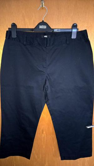 MARKS & SPENCER NAVY CROPPED TROUSERS- SIZE 14- NEW