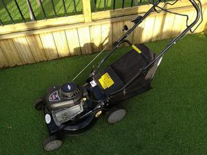 Petrol self propelled lawnmower, Briggs & Stratton engine - Ready to use