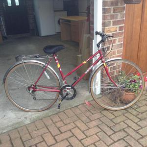 Red Ladies cycle
