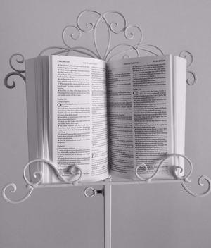 6 Cream Book Stands, Music Stands