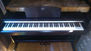 Yamaha Arius YDP-141R digital piano in Rosewood, weighted