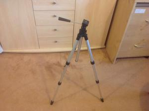Camera/camcorder tripod stand £8 only