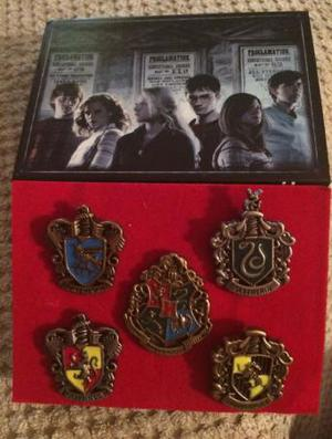 Harry Potter collectible pin badges