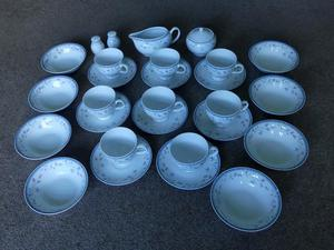 St Malo Vintage / Retro 8 Piece Tea Set