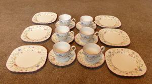 Vintage/ Retro 6 Piece Tea Set (Johnson Bros)