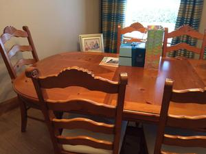 Stag Meredew Dining Table With Chairs And Posot Class