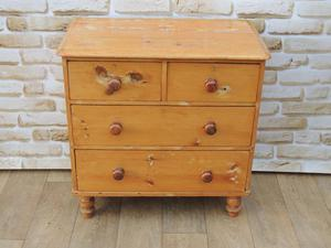 Victorian Compact Wooden Chest of Drawers Antique (Delivery)