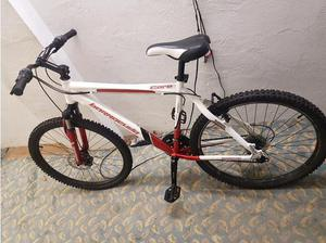 Barracuda core mountain bike. 21 speed. Fantastic condition.