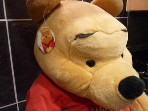 Disney Winnie The Pooh GENUINE Giant sized Brand New Genuine