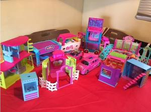 Large collection of mixed sets of Polly Pocket. in Langport