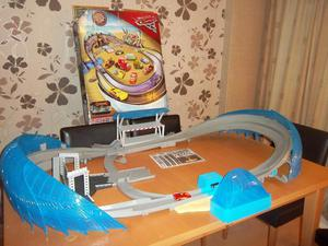 Disney Cars 3 Ultimate Florida Speedway Track Playset