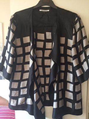 Striking JAEGER Unlined Black/Grey 3/4 sleeves Waterfall Jacket - size Large - Excellent condition