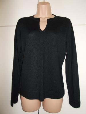 Brand new tagged Laura Ashley jumper size 16
