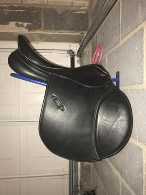 John Whitaker Bedale saddle