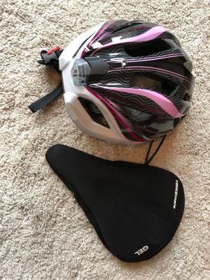 Ladies bike helmet and gel seat pad