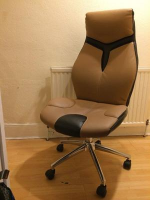 Computer Chair for Sale in good condition