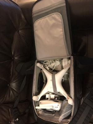 DJI Phantom 4 With accessories and backpack