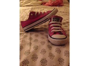 Girls all star converse trainers in Lincoln