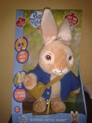 Peter Rabbit PO Talking and Hopping Peter Rabbit Plush T