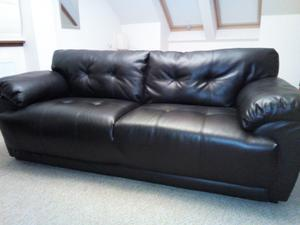 2 &3 seater dark brown leather sofas for sale. Hardly sat on, in ecellent condition.