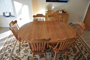 Solid Oak Dining Room Table and Chairs