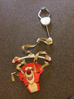 Tigger Door Bouncer Posot Class