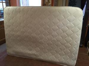 Double mattress and mattress topper