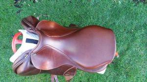 17? medium mark todd charisma monoflap jumping saddle brown