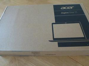 "ACER ASPIRE ONE 11 MINI LAPTOP.11.6"" AS NEW & BOXED"