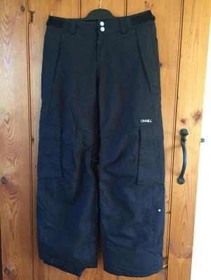 Boys black O'Neill ski trousers.