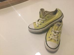 Girls Converse Yellow size 11.5
