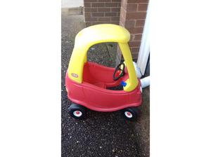 Little Tikes childs car in Ottery St. Mary
