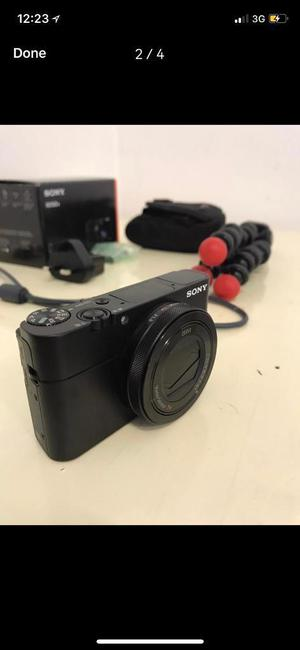 Sony rx100 v with accessories