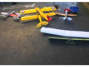 5 petrol aeroplanes engines and remote control job lot in