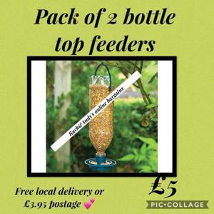Pack of 2 bottle top feeders