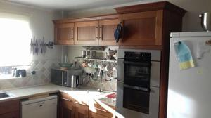 All kitchen units and appliances