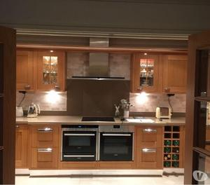 Used Bespoke Kitchen Units With Seimans appliances