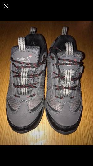 Brand new Gelert walking boots Size 7