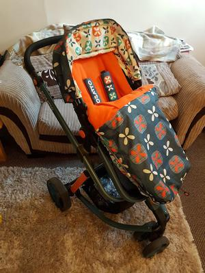 Cosatto travel system with carseat and isofix base