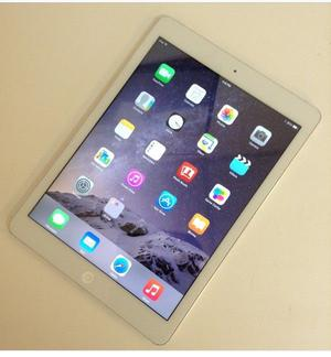 IPAD AIR WHITE AND SILVER WITH SMART COVER FOR SALE