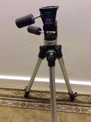 Manfrotto pro tripod and RC141 camera head