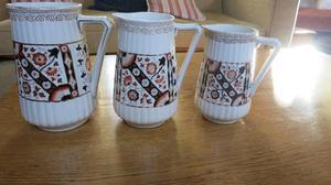 Set of three jugs
