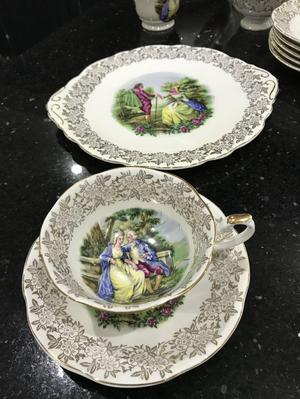 Springfield bone China 22 piece tea set